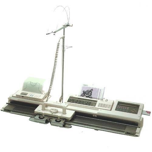 Двухфонтурная вязальная машина Silver Reed SK 840 / SRP 60 N